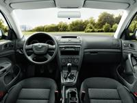 ŠKODA Octavia Dashboard and Multi-functional Steering Wheel