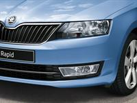 ŠKODA Rapid head lamps and fog lamps with Corner function