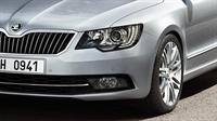 ŠKODA Superb Combi Bi-Xenon Headlamps with AFS